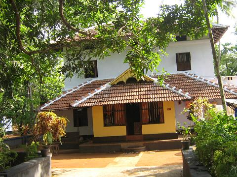 Kerala House Photos http://www.indianruminations.com/contents/articles/near-the-plantain-leaves-p-a-noushad/